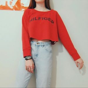 TOMMY HILFIGER CROPPED RED LONG SLEEVE